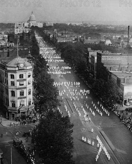 Ku Klux Klan parade