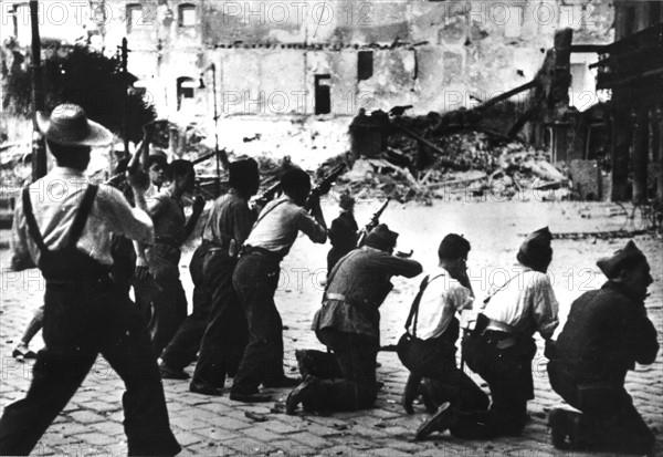 Assaut de l'Alcazar de Tolède, 8 août 1936