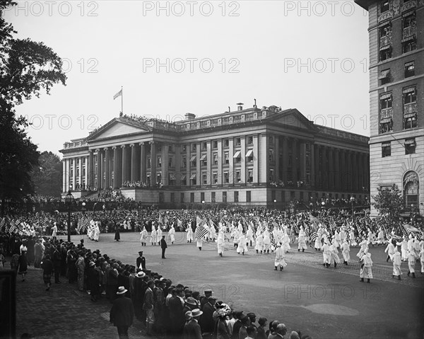 Ku Klux Klan March, Washington DC, USA, Harris & Ewing, 1926