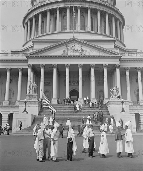 Klansmen Sightseeing at Capitol Building, Washington DC, USA, National Photo Company, August 1925