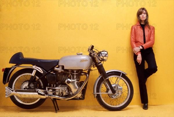 Françoise Hardy, 1966