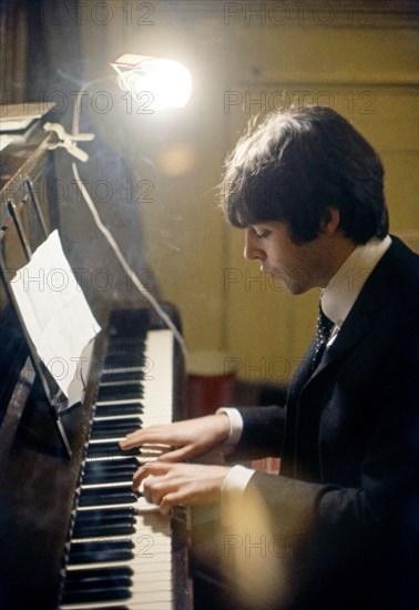 Paul McCartney, 1966