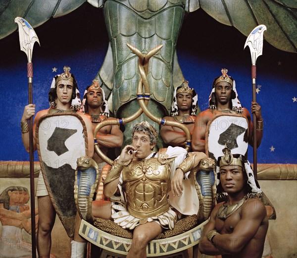 Alain Chabat (César) dans Astérix & Obélix : Mission Cléopâtre