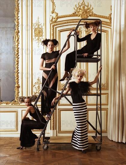 Mannequins habillées en Lagerfeld, 1995
