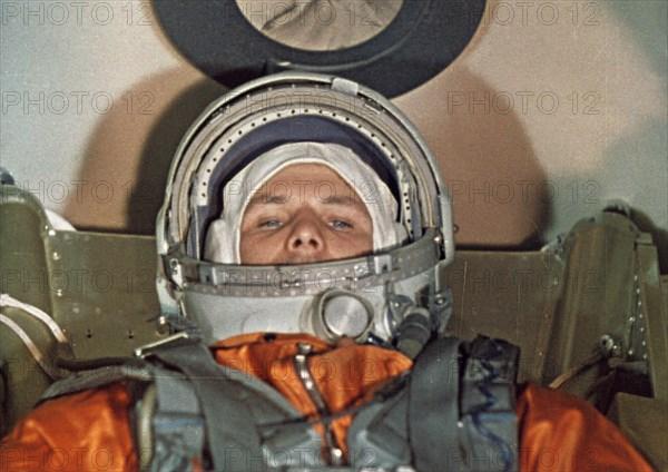 Cosmonaut yuri gagarin inside the vostok 1 space capsule just prior to his flight, 1961.
